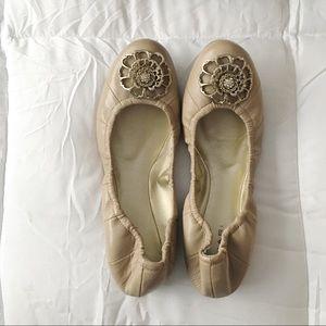 Tahari Vanna Scrunched Ballet Flats in Jute